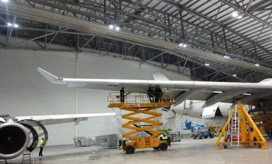 Hangar med LED belysning
