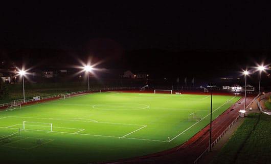 LED belysning på fotbollsplan
