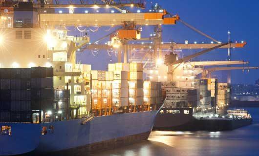 LED armaturer för hamnar och fartyg - en arbetsbelysning som tål tuff miljö
