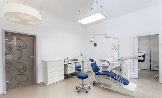 Tandläkare 530x320x300